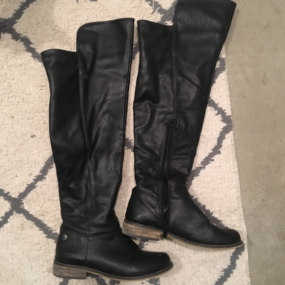 a12805028b Shoes   Black Thigh High Boots Small Heel Over The Knee   Poshmark